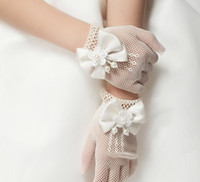 Wholesale flower girl wedding gloves resale online - Hot Sale Children Hollow Out Pearl Flower Bowknot Finger Gloves Childs Floral Butterfly Mittens Kids Wedding Party Accessories Beige M1745