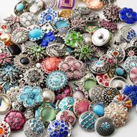 metalik elmas taklidi düğmeler toptan satış-D03464 Rivca Snaps Düğme Takı Sıcak toptan 50 adet / grup Mix stilleri 18mm Rhinestone Metal Snap Düğmesi Charm Fit Bilezikler NOOSA chunk