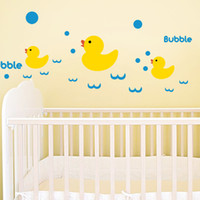 Little Duck Wall Decal Sticker Home Decor FAI DA TE Smontabile di arte del vinile Murale Per Bagno / Toilette / Camera dei bambini QTB93 Animale del fumetto