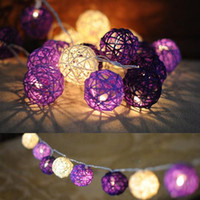 Purple rotin boule LED Chaîne chaude LED blanche feux de fées Lanternes Décoration de mariage Party 10/20 / 35PCS LED Lights Options