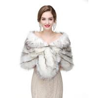 châles de soirée achat en gros de-2017 Nuptiale Wraps Bolero Faux Fourrure Pour Le Soir De Fête De Mariage Veste Manteau D'hiver Blanc Fourrure Châle De Mariage