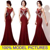 nouvelles robes de modèle achat en gros de-Nouvelles robes de soirée de Bourgogne 100% MODÈLE PHOTO Long Velvet Prom formelle robes sirène Sheer Neck strass cristal fait sur commande en arabe