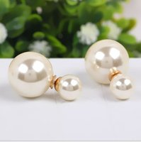 Wholesale Pearl Poster - New Arrival Poster Di R Paragraph Of Double Faced Size Pearl Earrings Stud Earring Female Belt Positive Negative Free Shipping