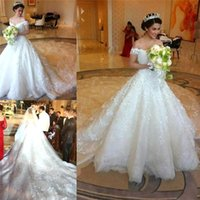 Wholesale Vintage Luxury Saudi Arabia Ball Gown Wedding Dresses Sexy Off shoulder Beaded Lace Applique Church Bridal Gowns Vestido De Novia BO821
