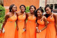 апельсин шифон юниор платье невесты оптовых-Элегантное шифоновое платье невесты 2020 A Line без рукавов Шифон Оранжевый Дешевые платья для подружек невесты плюс размер с бисером