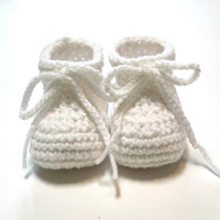 Wholesale Yarn Baby Shoes Booties - White baby booties. Crochet baby booties for Baptims or Christening. Made to order. 0-3 month unisex baby booties.0-24M cotton yarn
