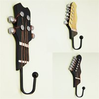 Gancho De Guitarra Al Por Mayor Baratos-Al por mayor-Retro 3 PCS cabezales de la guitarra Música Home Resin Clothes Clothes Hanger Hook montado en la pared