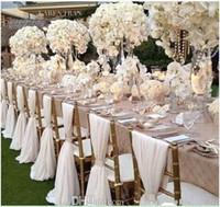 sandalye mazareti toptan satış-Basit Ama Zarif Beyaz Şifon Düğün Sandalye Kapak Ve Sashes Romantik Gelin Parti Ziyafet Sandalye Geri Düğün Iyilik