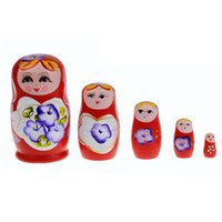 Atacado- 2016 Hot New 5pcs Set Wooden Wooden Dolls Nesting Babushka Matryoshka Hand Paint Toy Boa qualidade