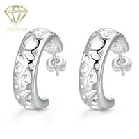 Cartilagem Brincos Top Marca Sweet Silver Plated Hollow Flower Half Circle Design Brincos Ear Stud Jóias para mulheres Girls Wholesale