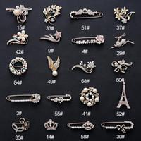 broche de collar vintage al por mayor-MLJY Crystal Brooch 20 Estilos Gran Vintage Mujeres Pins y Broches para Mujeres Collar Solapa Pins Insignia Flor de Oro Broche de Plata Joyería