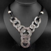 örgü metal kolye toptan satış-Yeni Varış Siyah Deri Zincir Örgü Daire Metal Tel Chokers Colares Kolye Kolye Bildirimi Kadınlar Takı # 2929