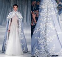 yüksek boyunlu gelin ceketi toptan satış-Paolo Sebastian Düğün Ceket Wrap Gelin Yüksek Boyun Düğün Pelerin Nakış Saten Pelerin Ceket Gelin Bolero Shrug Dubai Abaya