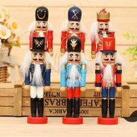 Wholesale D313 cm Nutcracker Wood made Christmas Ornaments pure manual coloured drawing Walnuts soldiers