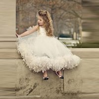 Wholesale Evening Gown Dresses For Kids - Vestidos de comunion 2017 Ball Gown First Communion Dresses for Girls Feather Flower Girls Dress Kids Pageant Evening Gowns