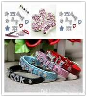 2015 HOT 10mm Strass Personalized Paw Hundehalsband Diacharmebuchstaben! DIY Hund Hundehalsband Diacharmebuchstaben Pet Zubehör Pet Fashion Pet Schmuck 525