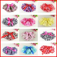 Wholesale Wholesale Performance Pants - Baby PP Pants Petti Lace Ruffle Bloomer Christmas Ruffled Lace Pants Bloomers Diaper Covers Skirt 3 sz