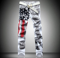 pantalones vaqueros de diseño caliente hombres al por mayor-El diseñador de moda para hombre caliente de los pantalones vaqueros de los hombres de mezclilla con alas bandera americana más tamaño