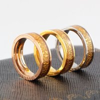 New Arrival Titanium Steel RING 18K Gold / Rose Gold Resin Rings para mulheres e homens de alta qualidade Brand Jewellery Wholesale with Retail Package