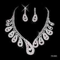 collar de la boda del rhinestone fija al por mayor-2019 nueva joyería collar pendiente conjunto boda nupcial Prom cóctel vestidos de noche Rhinestone 15-042 en stock envío gratis