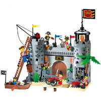Compra Illumina I Blocchi Dei Pirati-Enlighten Castle Series Pirates Robbery Barracks Modello Building Blocks Imposta Minifigures Compatibile