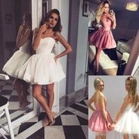 sexy vestido junior blanco al por mayor-Venta caliente blanco corto vestidos de fiesta cariño corsé blusa vestido de cóctel corto vestido de bola 2018 por encargo vestido de fiesta pequeño baile de graduación