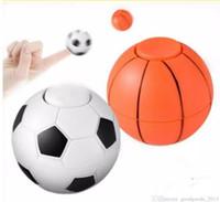 holzreiten spielzeug großhandel-Abbildung Fußball Basketball Zappeln Hand Spinner EDC Stressabbau Gyro Finger Spielzeug Abbildung Fußball Spinner Stressabbau