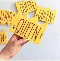 corrente do ouro do iphone venda por atacado-Moda nova capa de silicone macio para apple iphone 6 s 6 plus cadeia de ouro crown queen amarelo silicone case