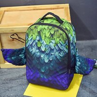 tüy tuval toptan satış-Yeşil tüy sırt çantası Sprey çim kanat paketi Serin tasarım sırt çantası Sokak paketi çantası Tuval sırt çantası Sprey zemin günü paketi