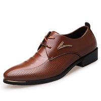 kahverengi sivri parmak elbise ayakkabıları toptan satış-Büyük Boy 38-46 Moda Erkekler Elbise Ayakkabı Sivri Burun Dantel Up erkek Iş Rahat Ayakkabılar Kahverengi Siyah Deri Oxfords Ayakkabı 2A