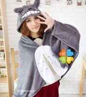 Compra Capo Di Coperta Di Pile-My Neighbor Totoro Lovely Peluche Soft Coperta Cappotto Donna Cat Stile Cape Poncho Grey Coral Fleece M L