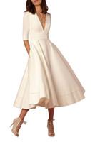 çay uzunluğu resmi elbiseler yarım kollu toptan satış-Basit Moda Kısa Parti Elbiseler V Yaka Yarım Kollu Saten Ucuz Çay Boyu A-Line Balo Elbise Örgün Akşam Abiye
