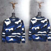 Wholesale zipper cloth resale online - 2017 Top quality Italy Men s Sweaters blue camouflage print hip hop cloth streetwear black XL