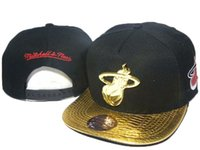Wholesale Men Snapback Mitchell Ness - 2016 black gold brim mitchell & ness team logo hats mens snapback caps adjustable sports team caps snapback hip hop street hats DD