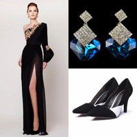 Wholesale Satin Crystal Shoes - 2017 Prom Dresses With Earrings With Shoes Split Side Azzi & Osta New Designer Column Evening Gowns Backless Formal Vintage Women Prom Dress