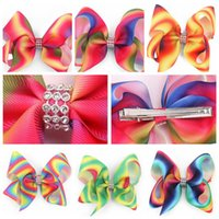 Wholesale colour clip - 4 Colors Jojo Girl Newest 5inch Ombre Multi Colours Hair Bows Alligator Clips With Crystal Boutique Rainbow Striped Accessory CCA7973 200pcs
