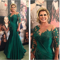 Wholesale Mother Bride Emerald - Elegant Emerald Green Mother Of The Bride Dresses with 3 4 Long Sleeves Mom Gowns Applique Lace Drape Mermaid Formal Evening Dress