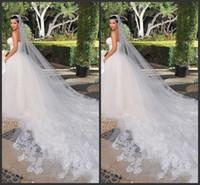 satılık fildişi katedral peçe toptan satış-Gelin Veils Kim Kardashian Yeni En İyi Satış Büyüleyici Beyaz Fildişi Bir Katmanlı Katedrali Gelin Düğün Peçe Özel 3 Metre Dantel