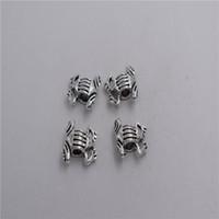 cuentas de rana al por mayor-Nuevos materiales: aleación de metal de zinc 16 * 16 * 6 mm, agujero: 3.6 mm 8 piezas de plata antigua plateada rana espaciador de perlas T0243