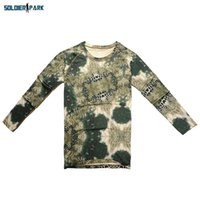 Tactical Men Hunting Langarm-T-Shirt atmungsaktiv Sweatproof Polyester O Neck engen T-Shirt Armee-Tarnung T-Shirt Python Camo um $ 18NO