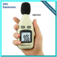 Wholesale GM1351 dB Digital sound level meter noise tester in decibels LCD screen New T0012