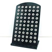 mode-displays großhandel-Hohe Menge Display Stände Mode 12mm Druckknopf Schwarz Acryl Austausch Schmuck Metall Vitrine Bord