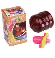 flaş ışık eğirme oyuncak toptan satış-Renkli LED ışık Dönen Top Oyuncak Lazer Flaş Işığı Spinning Spinner müzik Şarkı kambur üst çocuklar Oyuncaklar hediyeler Ücretsiz Nakliye Tops