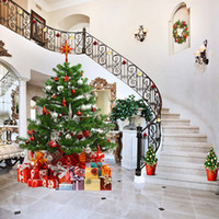 décors photo de vacances achat en gros de-Vinyle Photographie Décors Intérieur Escalier Décoré Maison Arbre De Noël Famille Cadeau Boîtes Joyeux Noël Vacances Photo Studio Fond