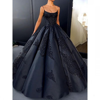Wholesale designer cathedral wedding gowns - 2018 fashion women New Designer Good Quality black Scoop Spaghetti Ball Gown Wedding Dresses Bridal Gowns
