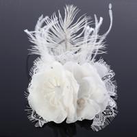imágenes de stock vintage al por mayor-2015 Vintage Real Image Feather Faux Pearl Rhinstone crown tiaras Accesorios nupciales de la boda Accesorios nupciales En stock Envío gratis