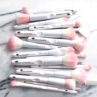 Wholesale black white eye shadow for sale - Group buy 17 Makeup Brushes Tool White Color Cosmetic Brush Set Eye Shadow Brush Make Up Tool High Quality