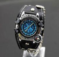 ingrosso orologio da polso nero-Kuroshitsuji 2015 New Fashion Orologi bracciali Orologio a buon mercato per uomo donna ragazzi ragazze bussola orologi da polso catena nera orologio al quarzo digitale