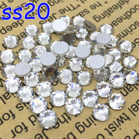 Al por mayor-1440pcs / lot, SS20 claro Crystal Shiny Loose FlatBack Non Hot Fix Strass Crystal Rhinestones Nail Art Glue en Cristales flatbacks