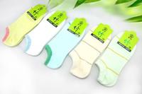 meias de chinelo branco venda por atacado-Atacado-2015 Moda Feminina Meias Estilo Verão Famale Algodão Invisible Socks E Branco Fino Seção Meias Spandex Nylon Slipper